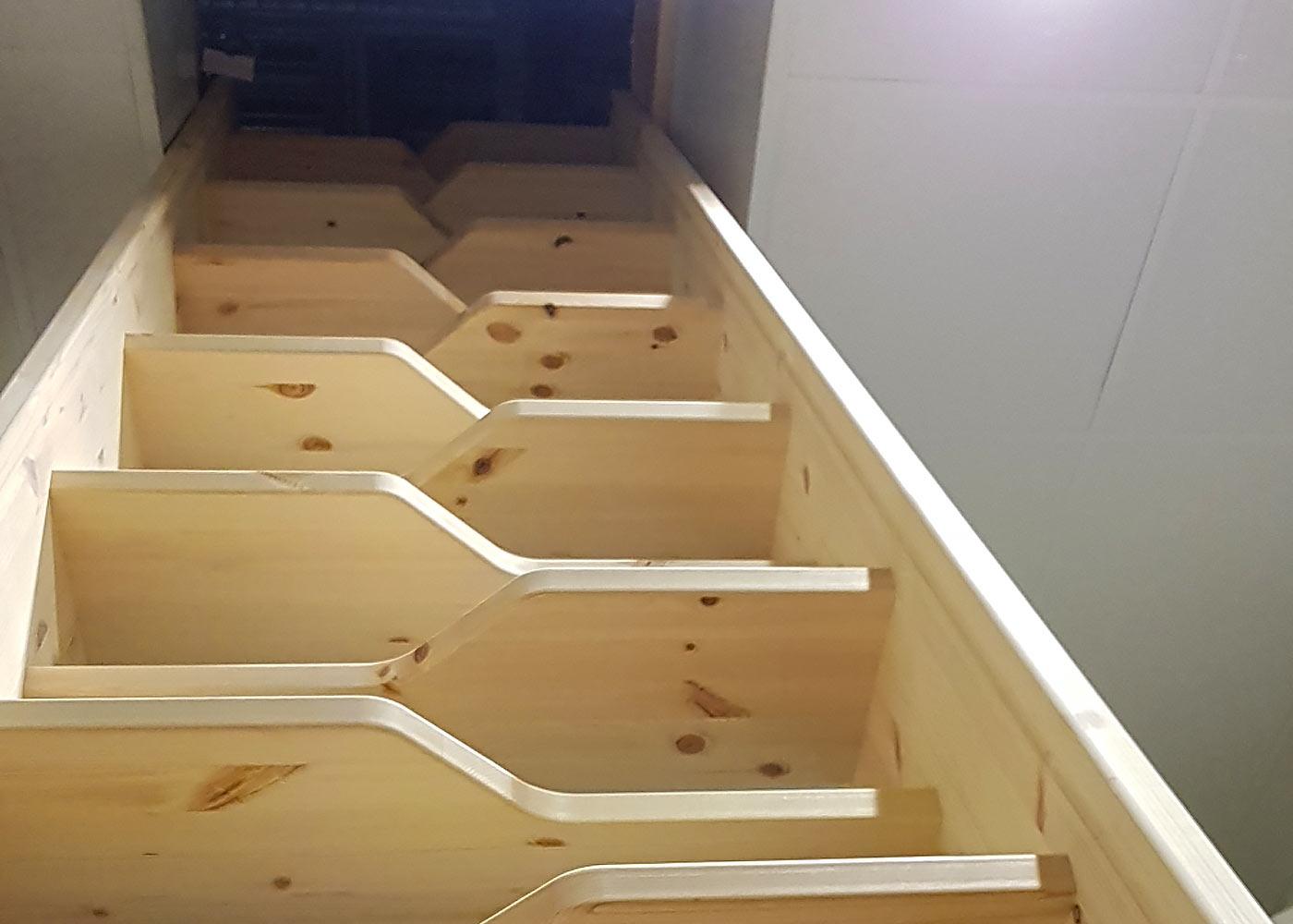 vindstrappa -trapptillverkaren trappor