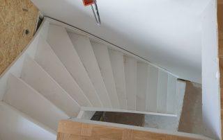 Våra Special-trappor är precis vad det låter som. När du väljer Special hjälper vi dig att specialanpassa en trappa helt efter ditt eget önskemål